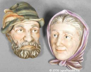 Old Country Couple Head Plaques - 5238