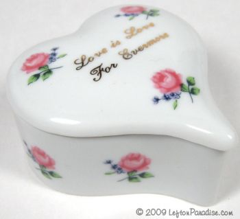 Heart-Shaped Box with Roses - 2527