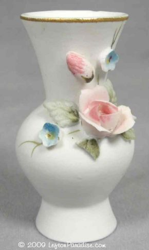 Micro Vase, Roses and Forget-Me-Nots - 1521